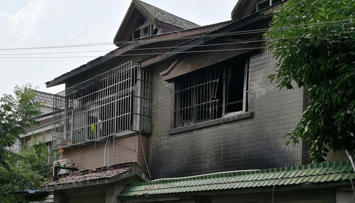 चीन: दो मंजिला रिहायशी मकान में आग लगने से 22 लोगों की मौत, एक व्यक्ति गिरफ्तार
