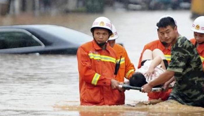 चीन में बाढ़ से 18 लोगों की मौत