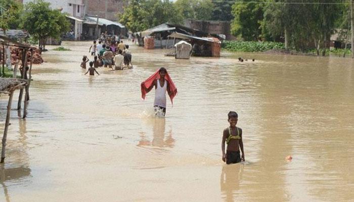 बारिश से गुजरात में नौ, असम में 60 की मौत, ओडिशा में भीषण बाढ़, दिल्ली में उमस