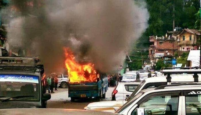 गोरखालैंड मांग: दार्जीलिंग में फिर भड़की हिंसा, सामुदायिक भवन और टीएमसी ऑफिस फूंका