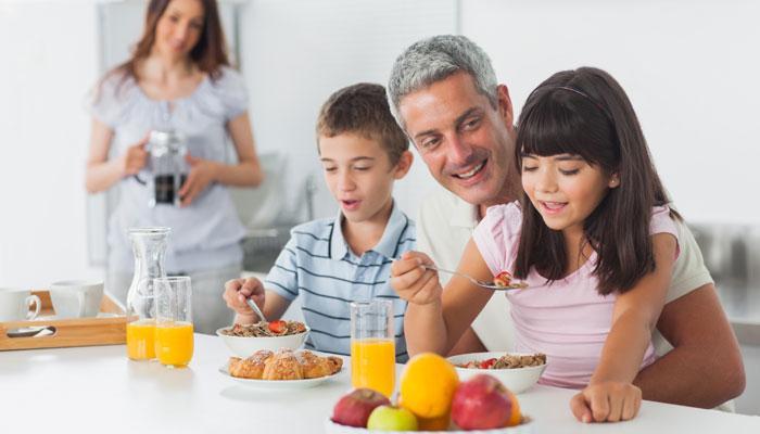 शरीर के वजन को रखना है मेंटेन तो नाश्ता करें भरपूर