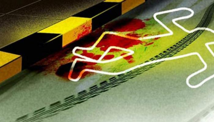 NH 24 पर डंपर-कार में टक्कर, 5 की मौत, 4 घायल