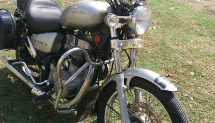 वाहनों में क्रैश गार्ड लगाने के खिलाफ दिल्ली हाइकोर्ट में जनहित याचिका दायर