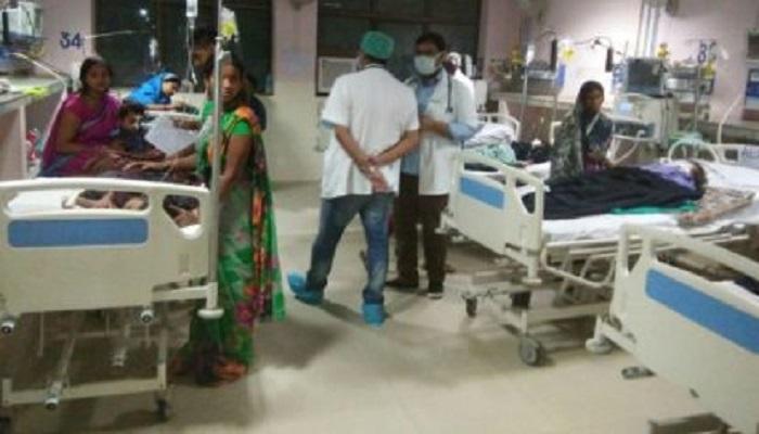 गोरखपुर हादसा : मरने वाले बच्चों की संख्या 63 हुई, सीएम योगी ने बुलाई बैठक