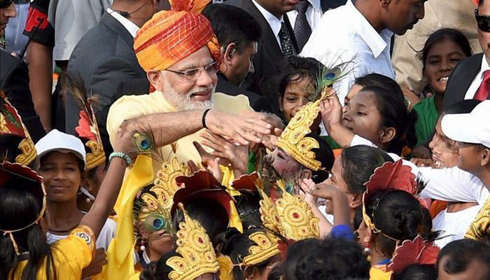 भारत ने कुछ इस अंदाज में मनाया 'जश्न-ए-आजादी'