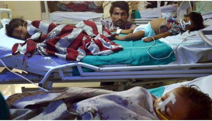 गोरखपुर हादसा: नहीं थम रहा मौत का सिलसिला, 16 और बच्चों ने तोड़ा दम