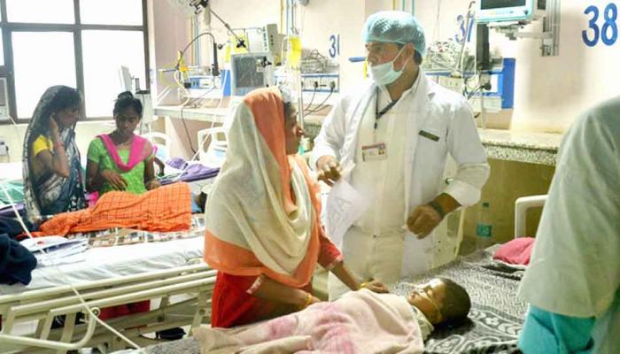 गोरखपुर : बीआरडी मेडिकल कॉलेज में 24 बच्चों की मौत, अब तक 1341 मौतें