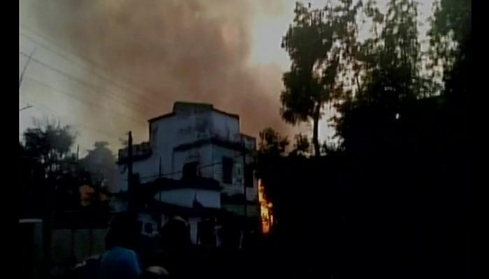 झारखंड में पटाखा फैक्ट्री में भीषण आग, अब तक 8 की मौत