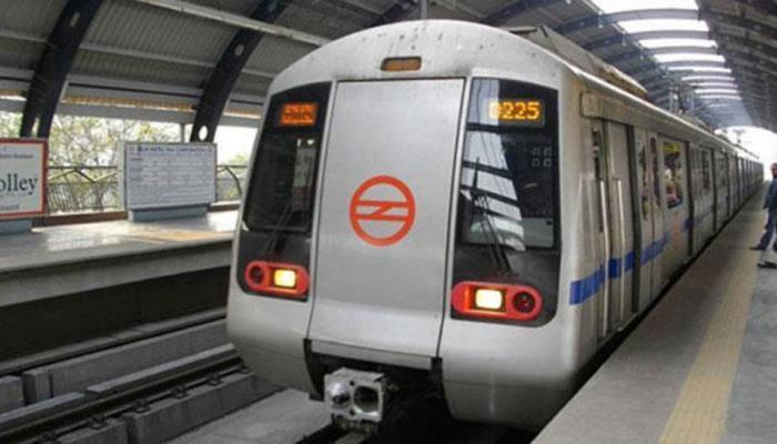 आजादपुर मेट्रो स्टेशन पर सीआईएसएफ अधिकारी ने की फायरिंग