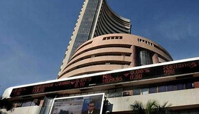 शेयर बाजार पर दिखा RBI मौद्रिक समीक्षा से पहले का असर, सेंसेक्स 214 अंक चढ़ा