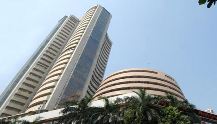 शेयर बाजार में 4 दिन की तेजी पर लगा ब्रेक, मुनाफावसूली से सेंसेक्स 80 अंक टूटा