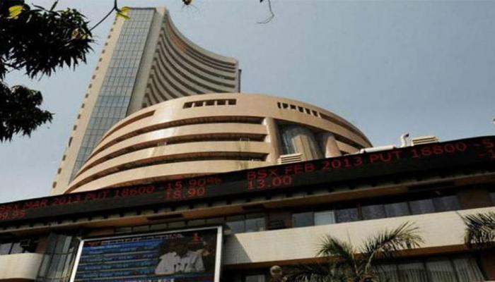 शेयर बाजार में लौटी रौनक, सेंसेक्स 222 अंक चढ़ा, निफ्टी दस हजार के करीब