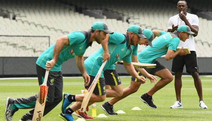 PICS : उसेन बोल्ट को मिला उनका पहला प्यार, बल्लेबाजी में दिखाए दो-दो हाथ