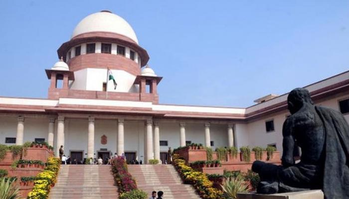 दिल्ली-केन्द्र के अधिकारों पर सुनवाई के बाद सुप्रीम कोर्ट करेगा Aadhaar मामले पर विचार