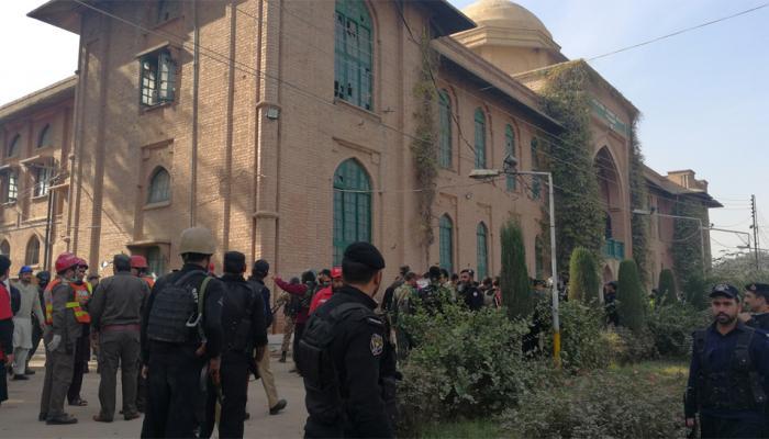 पाकिस्तान: पेशावर आतंकवादी हमले के मामले में नौ गिरफ्तार, 14 की हुई थी मौत