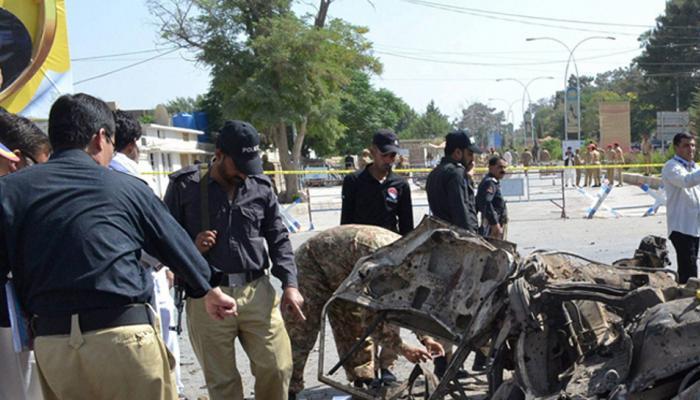 पाकिस्तान: सड़क किनारे हुए विस्फोट में 6 की मौत