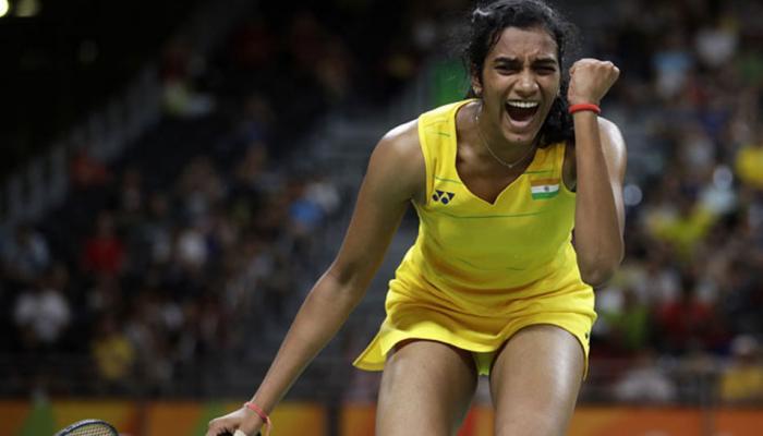 दुबई सुपर सीरीज: पीवी सिंधू की जीत से शुरुआत, फाइनल में थमा श्रीकांत का सफर