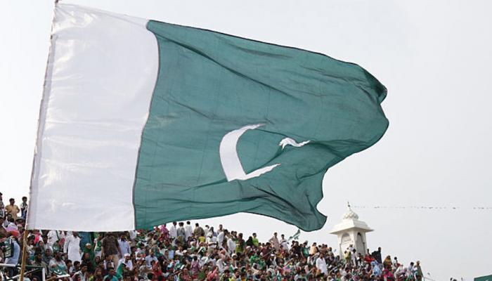 'पाकिस्तानी सेना एक तरफ तालिबान को पालती है, दूसरी तरफ अमेरिका से मदद मांगती है'