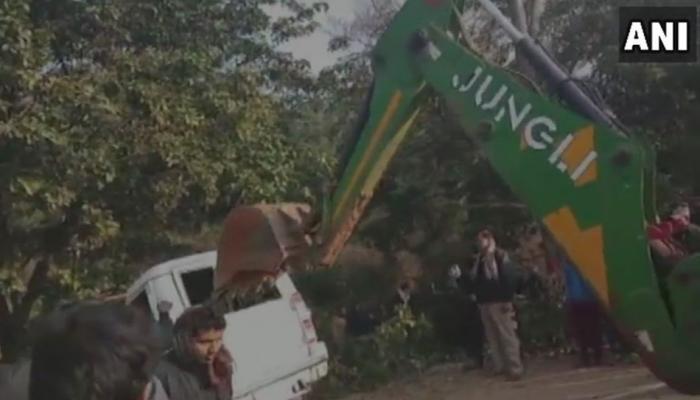 झारखंड : दुमका में कोहरे के कारण वाहनों की टक्कर, 8 लोगों की मौत
