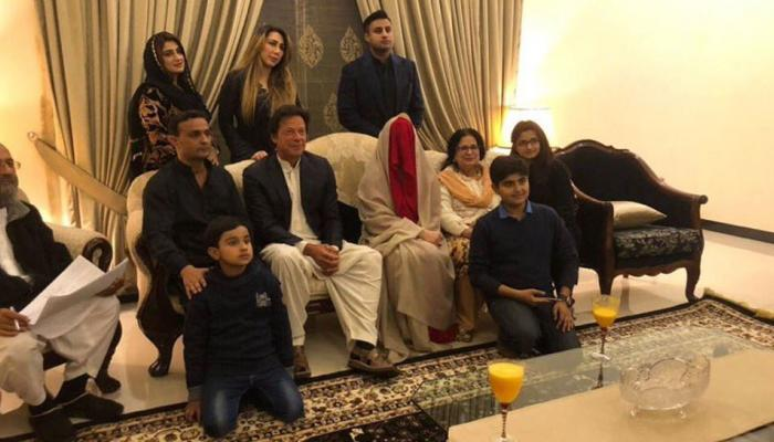 Before Imran khan these cricketers also left their first  better half