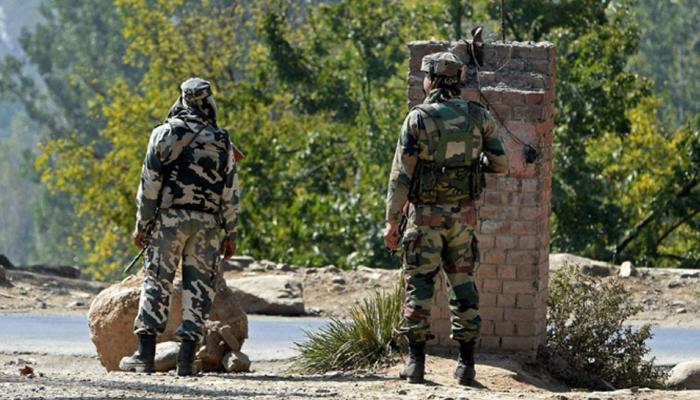 जम्मू कश्मीर : एयर फोर्स स्टेशन पर आंतकी हमला, सेना की गाड़ी पर ग्रेनेड फेंके