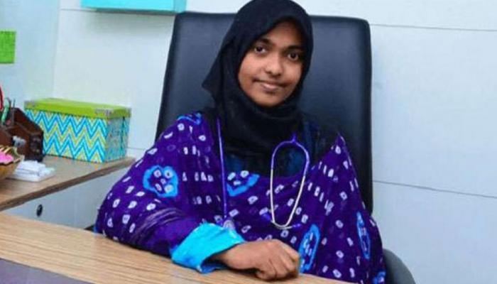लव जिहाद : हदिया ने कहा - स्वेच्छा से बनी मुस्लिम, पति के रहना चाहती हूं