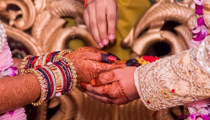 यूपी में 'मुख्यमंत्री सामूहिक विवाह योजना' में बड़ा घोटाला, शादीशुदा जोड़ों ने भी कर ली शादी