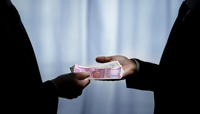 NRI ONLY: 8 Auditors held for taking bribe in rajasthan