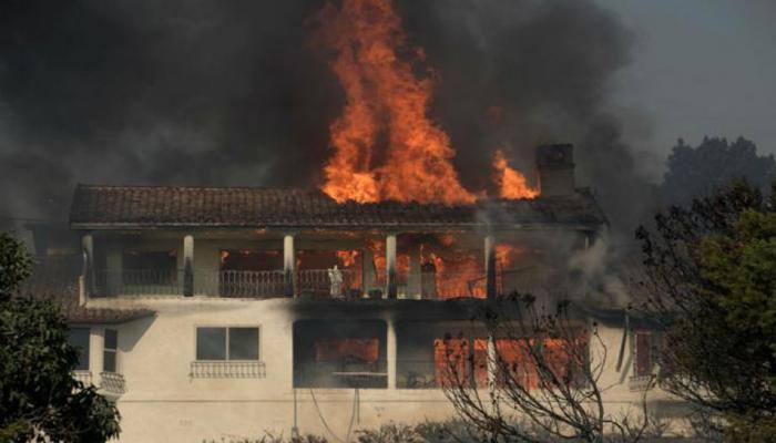 बिहार : आग से 22 घर जलकर हुए खाक, एक ही परिवार के 3 सदस्यों की मौत