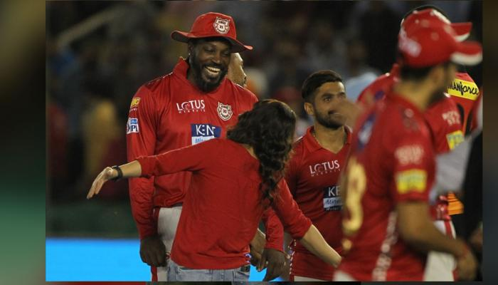 IPL 2018 : Preity Zinta danced while celebrating win of punjab