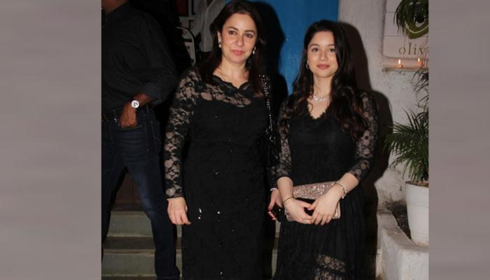 Sara and Anjali in Black glamorous dress on Sachin Tendulkar birthday bash
