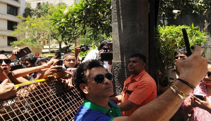 Sachin Tendulkar turns 45, fans celebrate birthday outside his residence