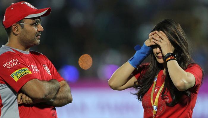 Image result for मुंबई-पंजाब मैच में फ्लडलाइट हुईं बंद