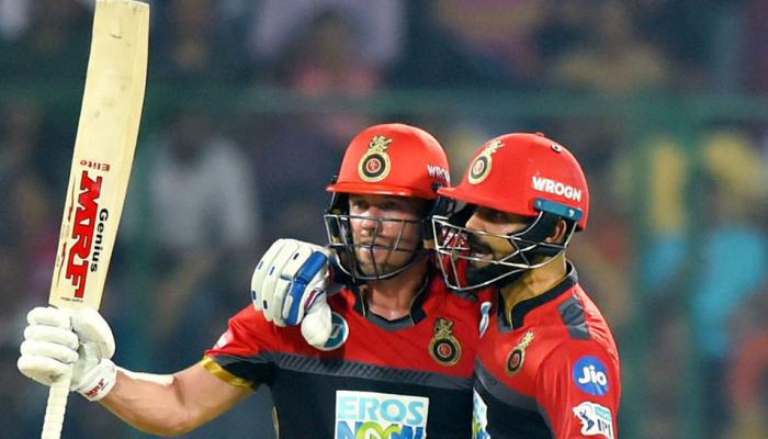 Friendship of Virat kohli and AB De Villiers is visible in the cricket field as well