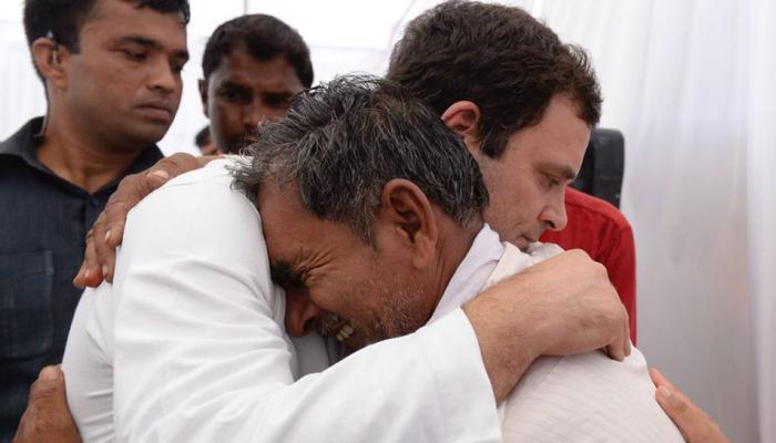 Rahul gandhi met Victim Kisan Families in Mandsaur