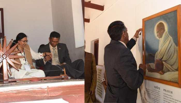 pics: Seychelles president visited sabarmati ashram in ahmedabad