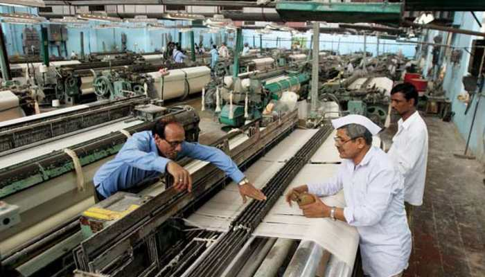 GST effect: Surat textile business decreased by 50% in one year