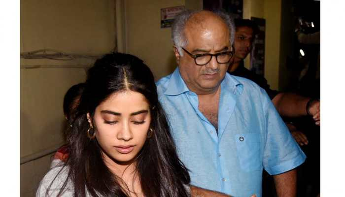 Bollywood celebrities reached in Dhadak Special screening