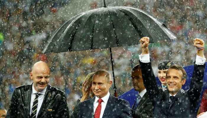 FIFA World Cup: दुनिया का बॉस कौन? Twitter ने कहा-पुतिन, इंसान तो क्या बारिश भी उन्हें नहीं छू सकती