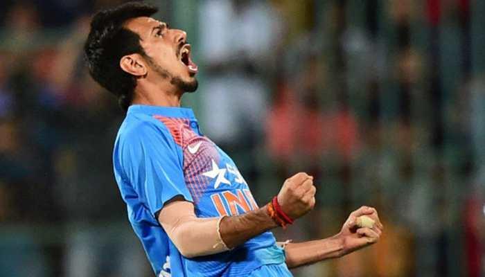 VIDEO: वन-डे में पहला चौका लगाकर चहल ने किया कुछ ऐसा, कप्तान कोहली भी नहीं रोक पाए हंसी