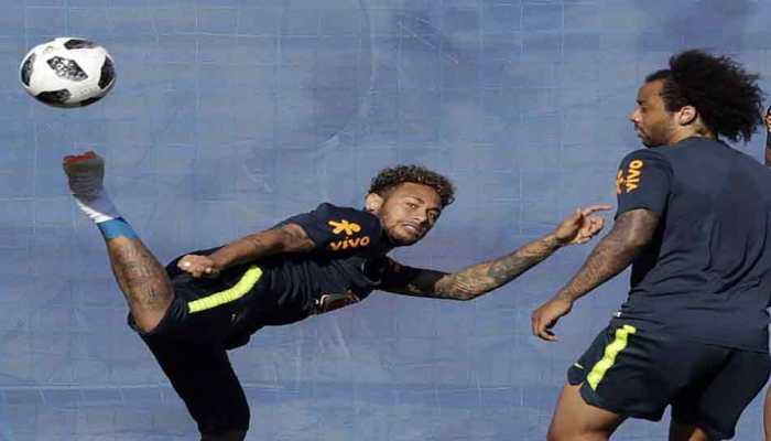 फीफा विश्व कप में हार के बाद गेंद की तरफ देखना भी नहीं चाहता था: नेमार