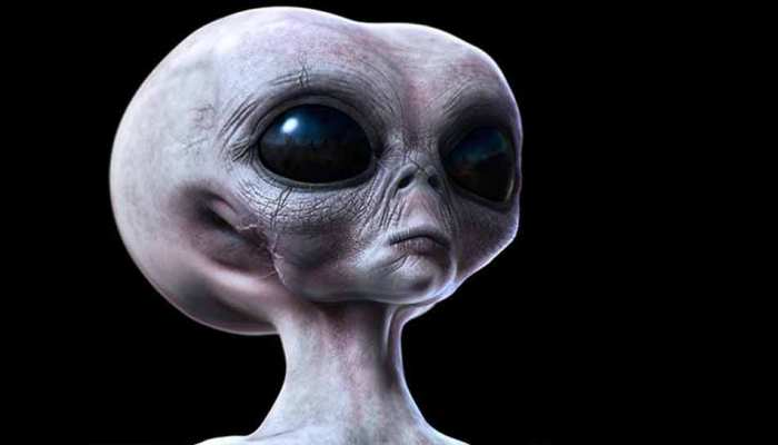 Aliens might have lived on the Moon says scientists