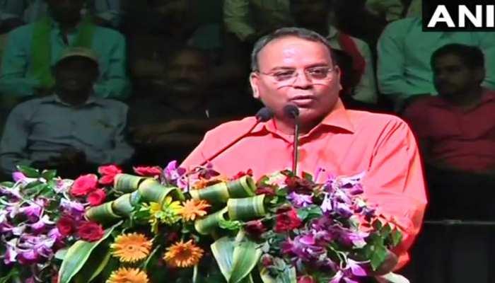छत्तीसगढ़ : रमन सिंह के मंत्री बोले- 'CM को इच्छा मृत्यु का वरदान प्राप्त है'