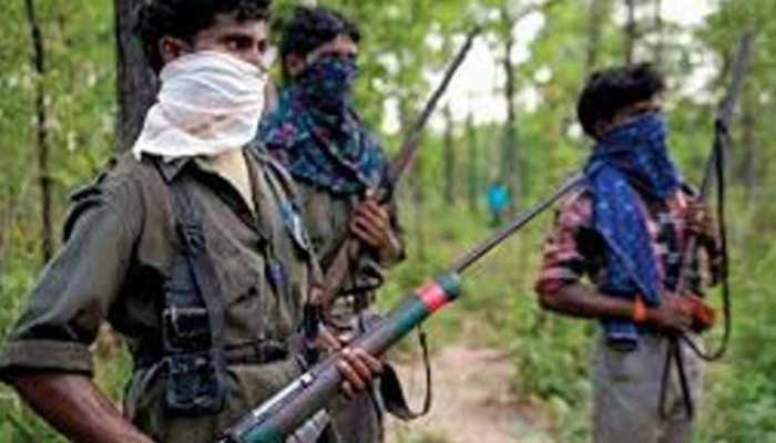 दंतेवाड़ाः पुलिस का खबरी होने के शक में बौखलाए नक्सलियों ने ग्रामीण को उतारा मौत के घाट