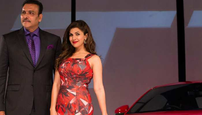 Whether Ravi Shastri Team india Head Coach dating with Nimrat Kaur