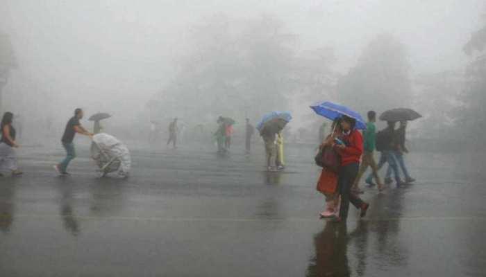 यूपी में आफत की बारिश, अलग-अलग हादसों में 10 की मौत, नदियां उफान पर