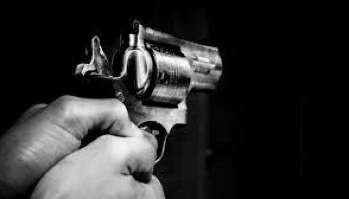 जमशेदपुर में अपराधियों के हौसले बुलंद, व्यवसायी पर की गोलियों की बौछार