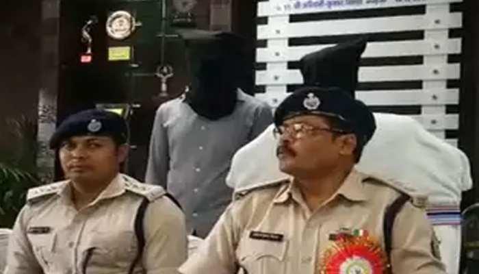 खूंटीः 3 किलो अफीम के साथ एक महिला समेत तीन तस्कर गिरफ्तार