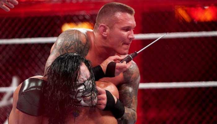 VIDEO: WWE में हुई 'खूनी जंग', रैंडी ऑर्टन ने जैफ हार्डी के छिदे कान में घुमा दिया पेचकस