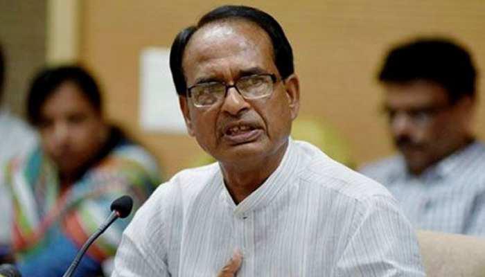 CM शिवराज ने दिया सवर्णों को आश्वासन, मिली ऐसी प्रतिक्रियाएं